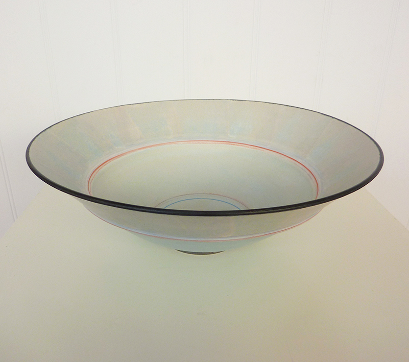Stoneware shallow bowl by Christine Feiler