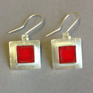 square red enamel