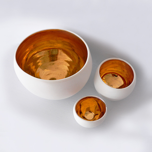 Porcelain Bowls with Gold